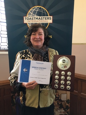 Cathy Shelbourne wins the Division G trophy